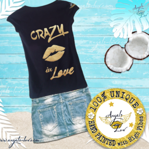 in love gold lips t shirt woman
